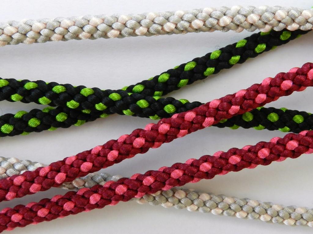 Hollow braids