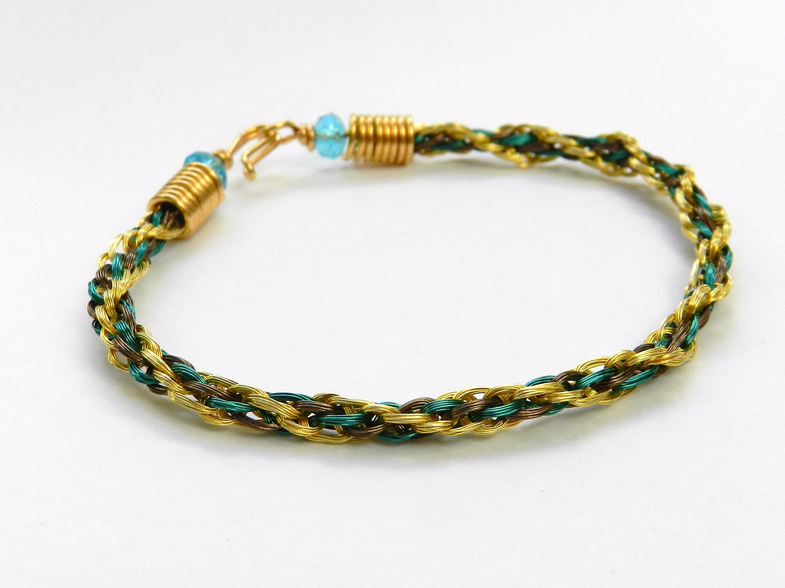 Instructions For A Wire Bracelet Made Using Kumihimo Round Braid