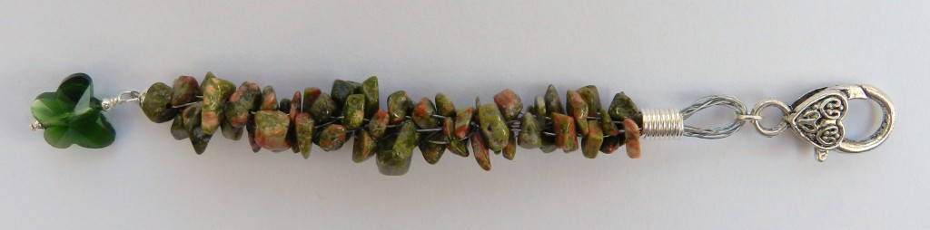 Wire gemstone kumihimo