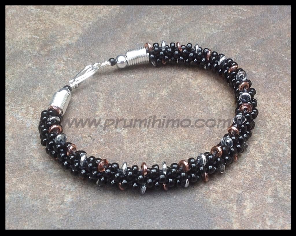 O Bead kumihimo bracelet