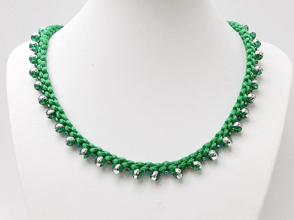 Green necklace 1