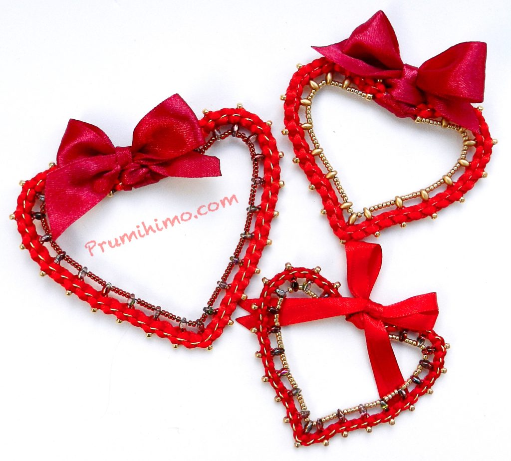 Heart kumihimo