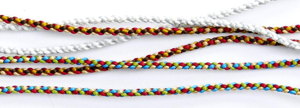 4 cord kumihimo